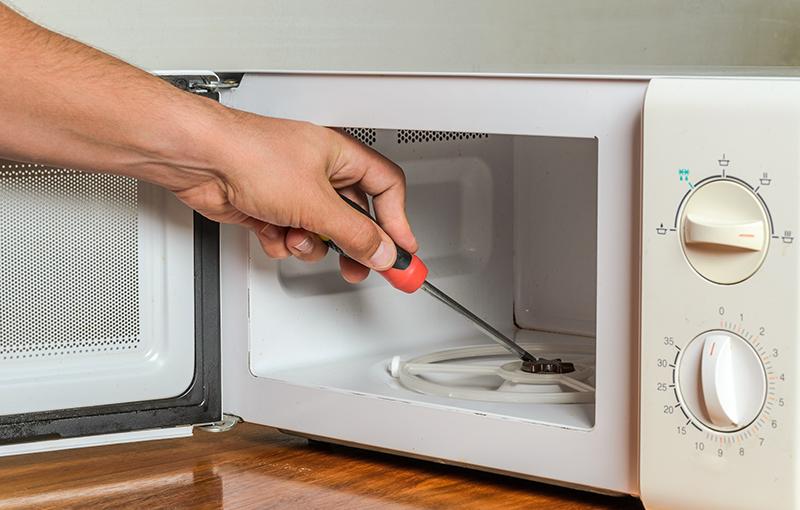 Microwave Oven Repair Technician Naperville IL 60563